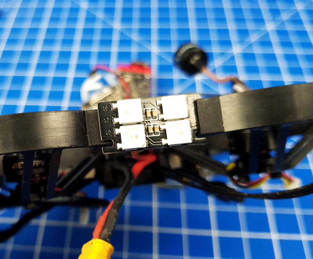 test betafpv beta85x 85X hd 001 montage LED